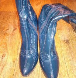 Лакові чобітки 37,5 розмір
