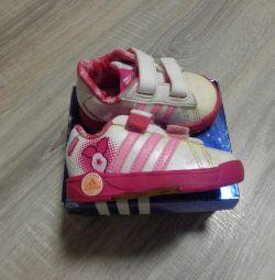 Sneakers Adidas Disney. Original.