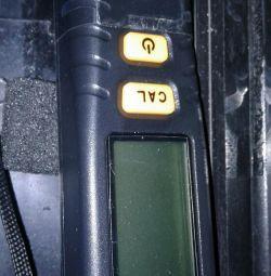 Толщиномер для проверки кузова авто