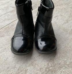 Μπότες από την εποχή της δεκαετίας του 21 μεγέθους