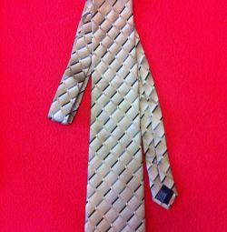 краватка, ремінь і підтяжки