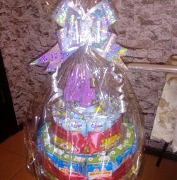 Torturi și buchete de dulciuri