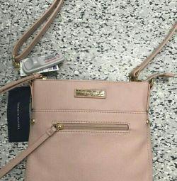 Tommy Hilfiger çantası