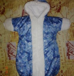 Winter coveralls for newborns