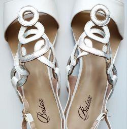 41 Balex sandale din piele albă
