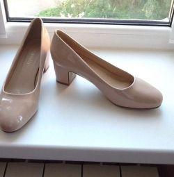 Shoes 39 rr, new