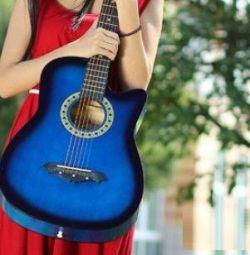Гитара с вырезом