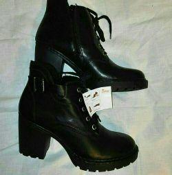 Ricker παπούτσια στην πλατφόρμα