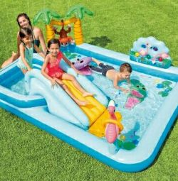 Game center inflatable Jungle 257 * 215 * 84 cm 57161