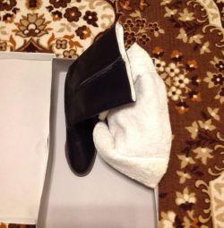 Новые кожаные сапоги р 37