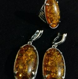 New set with natural amber