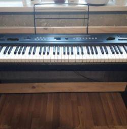 Цифровое пианино 88 молоточковых клавиш