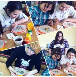 Teaching batik and decoupage of children and adults