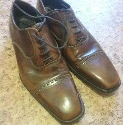 Genuine leather shoes.