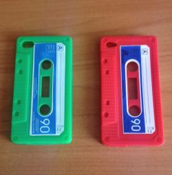 Cases in the form of a cassette (on IPHONE 4 / 4s)