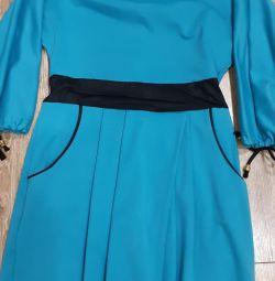 Платье трикотажное,теплое