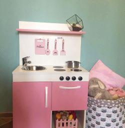 Детская посудка и корзинка
