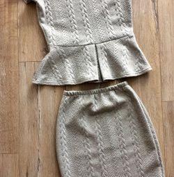 Κοστούμια peplum