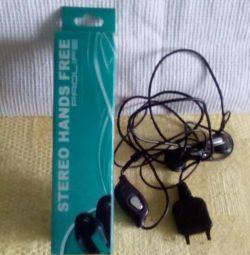 Headphones for Sony Ericsson.