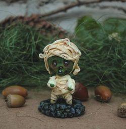 Minyatür bir zombi heykelciği. 😱 El yapımı