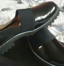 Туфлі фірми ферленс