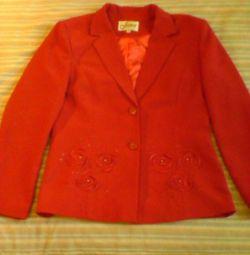 Пиджак 50 р красный нарядный