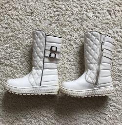 Çizmeler kış ve soğuk sonbahar