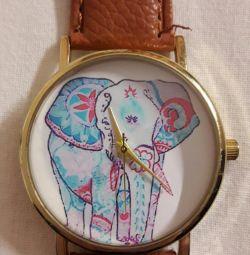 Womens încheietura ceas cu un elefant