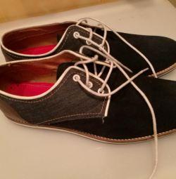 Чоловічі черевики р. 44