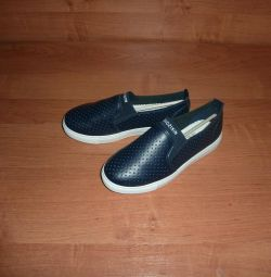 Shoes to school (shift) new from 36 to 41, eco-leather