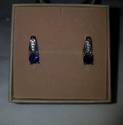 Earrings with sapphire. 925 sterling silver