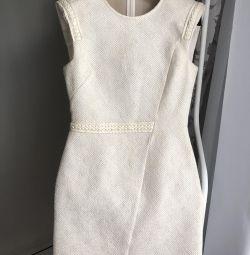 Μαϊ φόρεμα