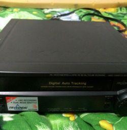 Відеомагнітофон Sony на запчастини або ремонт