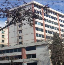 Başpiskopos Makariou III Ave'de Ticari Binalar