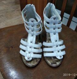 Sandale pentru femei mărime 38 din piele