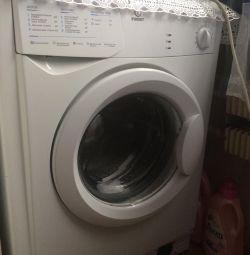 Πλυντήριο ρούχων INDEZIT