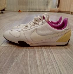 Sneakers Nike 37 size