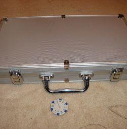 набір для гри в покер