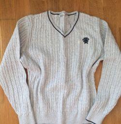 Uniformă școlară. pulover
