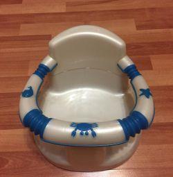 Стільчик для купання на присосках
