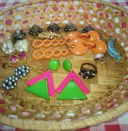 Ρετρό κοσμήματα