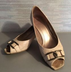 Женские туфли Cabor