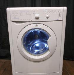 Mașină de spălat Indesit