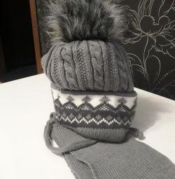 καπέλο + σύνολο κασκόλ