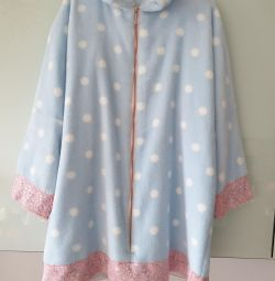 Dressing gown for a girl 5-7 years old
