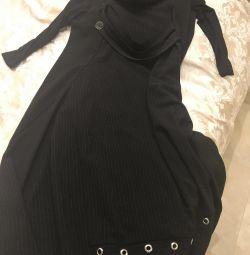 Μοντέρνο φόρεμα
