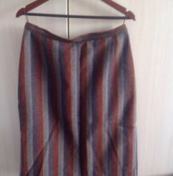 Skirt, straight cut, woolen