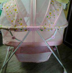 Cradle for the newborn