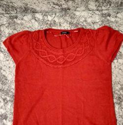 Φωτεινή μπλούζα