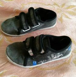 Velcro spor ayakkabı